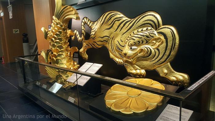 Osaka Castle Museum Japan